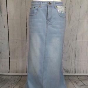 NWT denim light wash jean skirt lace pocket detail